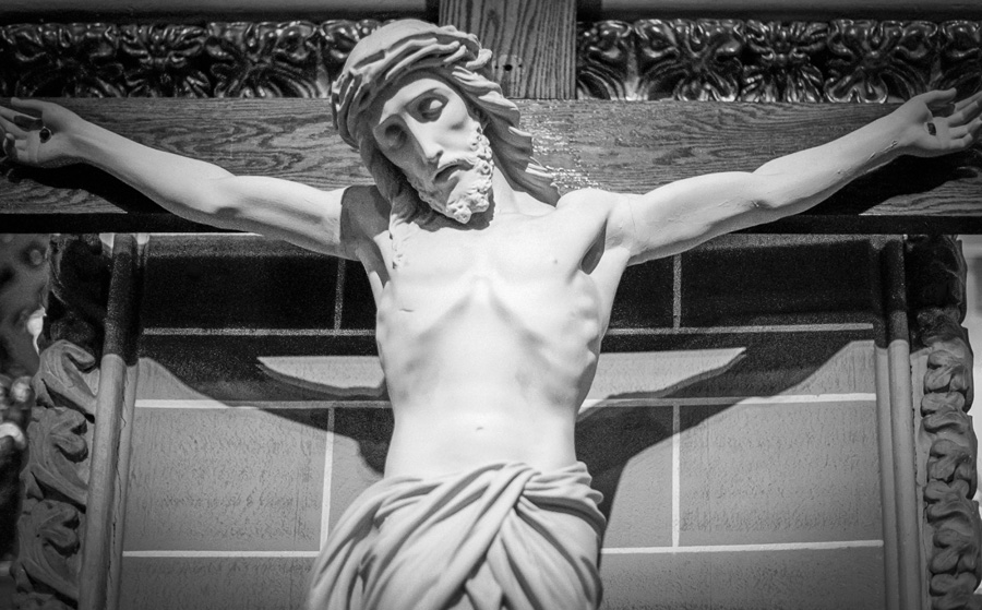 Christ on Cross (St. Peter's Church, Rome, NY). Photo by Francis DiClemente.