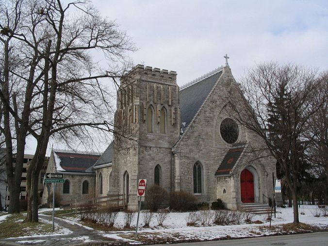 Grace Episcopal Church. Photo by ZeWrestler.