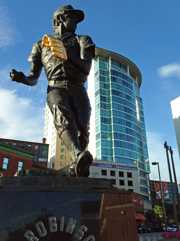 Brooks Robinson statue, Baltimore, MD