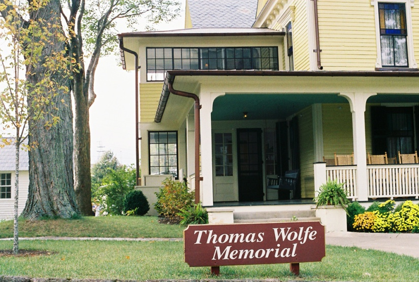 Thomas Wolfe's mother's boardinghouse in Asheville, NC. It's now called the Thomas Wolfe Memorial (Photo by Francis DiClemente)